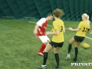 Non-public.com – Tremendous Soccer Whore Blanche Bradburry Fetches Anus!
