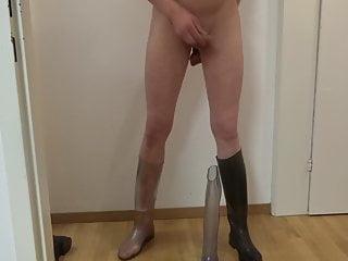 سکس گی در چکمه های سواری لاستیک شفاف من خودم عصبانی و سپس twink به رقص همراه با برهنگی تدریجی رقاصه جنس لاغر فیلم های HD استمناء اسباب بازی BDSM آماتور مقعد