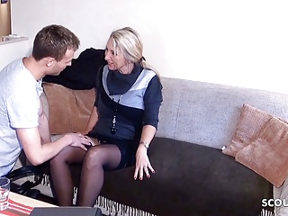 German older woman Brooker Seduce to Pound by Younger Man for Contract