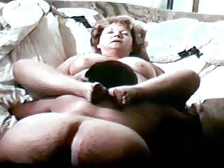 Granny getting her cunt licked...
