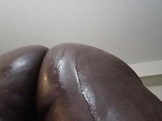 Black chub ass jiggle...