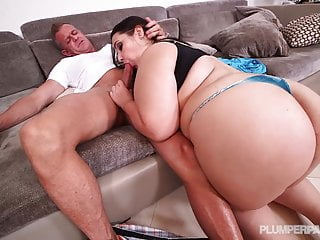 Emma bailey in lost and pound...
