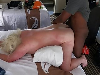Fucks nude thiccc blond anon in hotel...