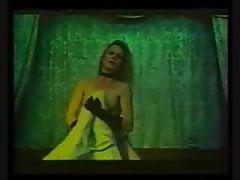 un vieux film de mon actrice preferePorn Videos