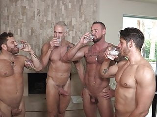 Dallas Steele, Michael Roman, Riley Mitchell, Joey M (DD P2)