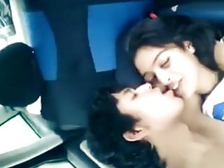 Indian girl gets fucked by bf car...