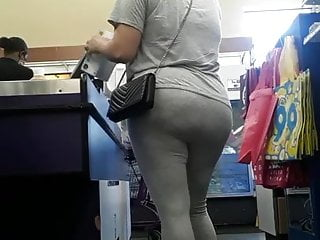 Candid Latina square booty VPL in grey sweats.