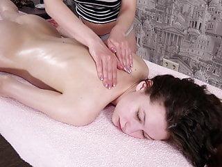 Teen Sofia Dolgovyaz gets tiny virgin pussy massaged