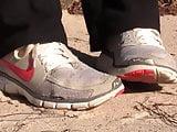 Kat Nike free sneaker shoeplay noise crush full video