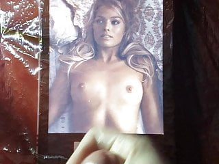 Margot Robbie cumtribute