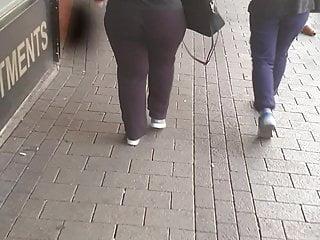 Candid big ass milf
