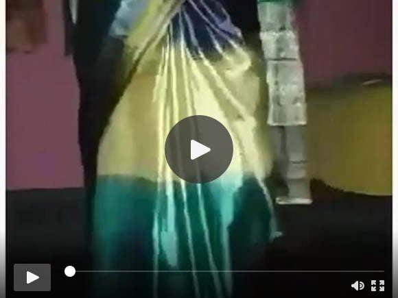 साटन सिल्क ड्रेस बिशु क्रॉसि