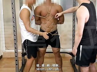 Muscle trainers deep exploration by being fucked...