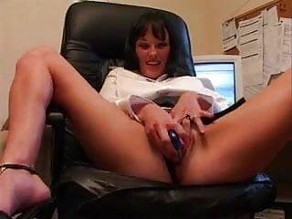 Donna masturbation in office