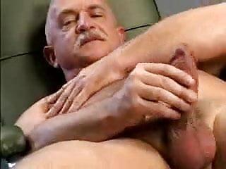gay N164...