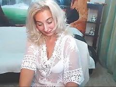 Mom saggy tits
