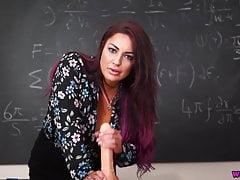 Roxy R – Sex Education