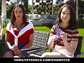 FamilyStrokes Sexy Milf unisce Step Son Daughter In Three