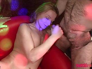 Japán színházi szex