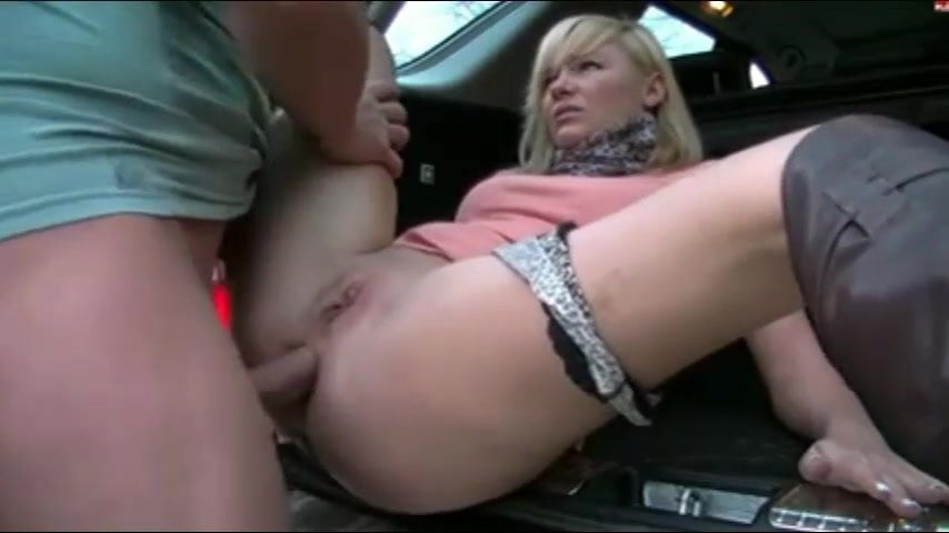 Amateur Couple Fuck Park
