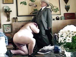Older get 039 sucked living room...