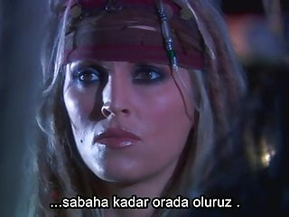 Pornstar Celebrity video: Pirates 2005 - Turkish Subtitle Hardcoded