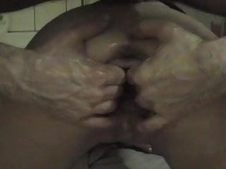 Klara la chienne fist vaginal dilatation