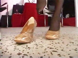 Lesbian Shoe Salon - Fucked with heels