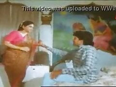 Old actress in a hot scene