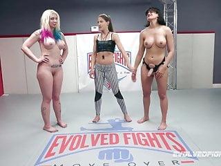Penny Barber vs Leya Falcon in hot lesbian wrestling fight