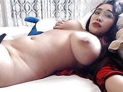 Asian with a beautiful body shows her sexuality