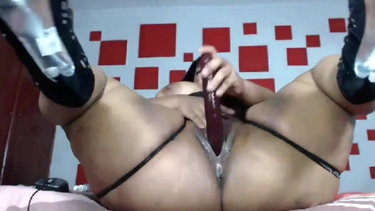 Hairy Black Teen Masturbation