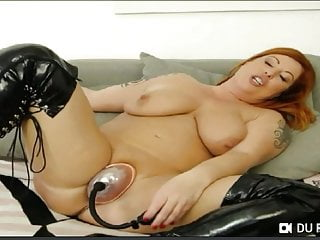 Fucking Machine Sex Toy Orgasm video: Tammy Jean in WEB-chat as Lolly Wayne