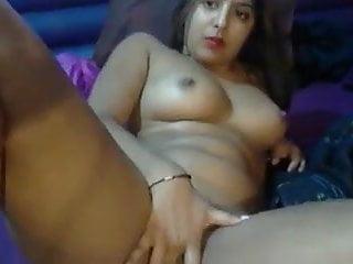 Indian Girl Seduce on webcam