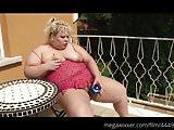 Blonde Fette Frau  gefickt