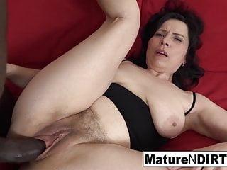 Natural tits pussy...