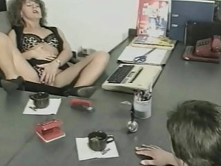 urin-genuss! (1990's) - scene 01 - magma wet - pissingPorn Videos
