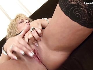 Deep Hard Granny fuck - BBC and blond grandma
