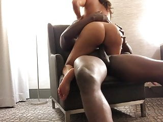 PAWG Latina Sucks BBC & Gets Her Reward