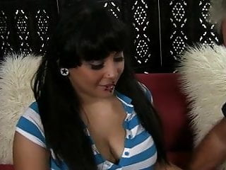 voluptuous Latina girl fucks