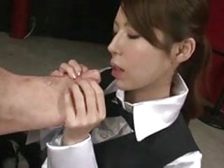 Lucky guy has his cock cleaned at the bar by sweet and horny