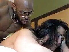 Kaialani Kai meets a male stripper