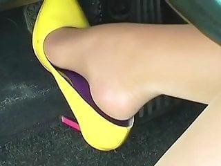Foot Fetish High Heels Pantyhose vid: Nylon Pedal Pumping