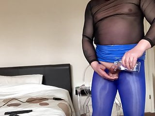 Wanking on xhamsterlive blue shiny pantyhose tights panties