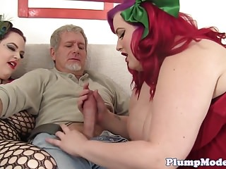 Beauties enjoy threesome sex...