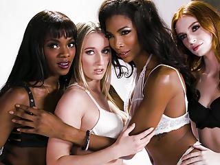 It Lingerie - Nice Girl Does Ebony With Model a Transgender