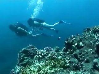 Underwater fuck...