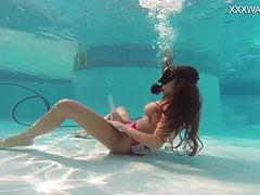 Hot underwater orgasm from Nora Shamndora with dildo