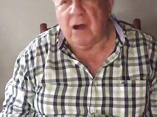 abuelo gay