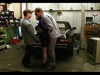 Tits dp at the garage...